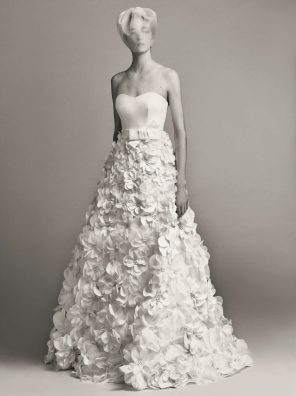 VIKTOR & ROLF FALL 2017 BRIDAL COLLECTION