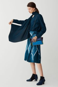 issey-miyake-pre-fall-2017-collection-12