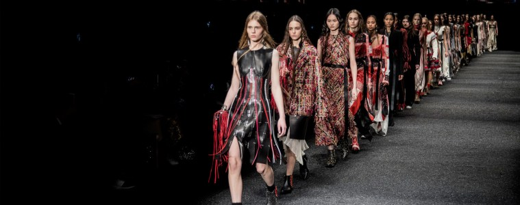 ALEXANDER MQUEEN FALL 2017 RTW COLLECTION