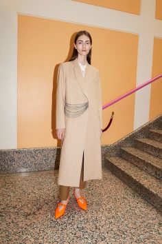 VICTORIA BECKHAM RESORT 2018 COLLECTION 1