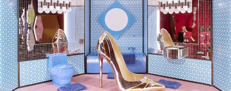 CHRISTIAN LOUBOUTIN FALL 2018 COLLECTION