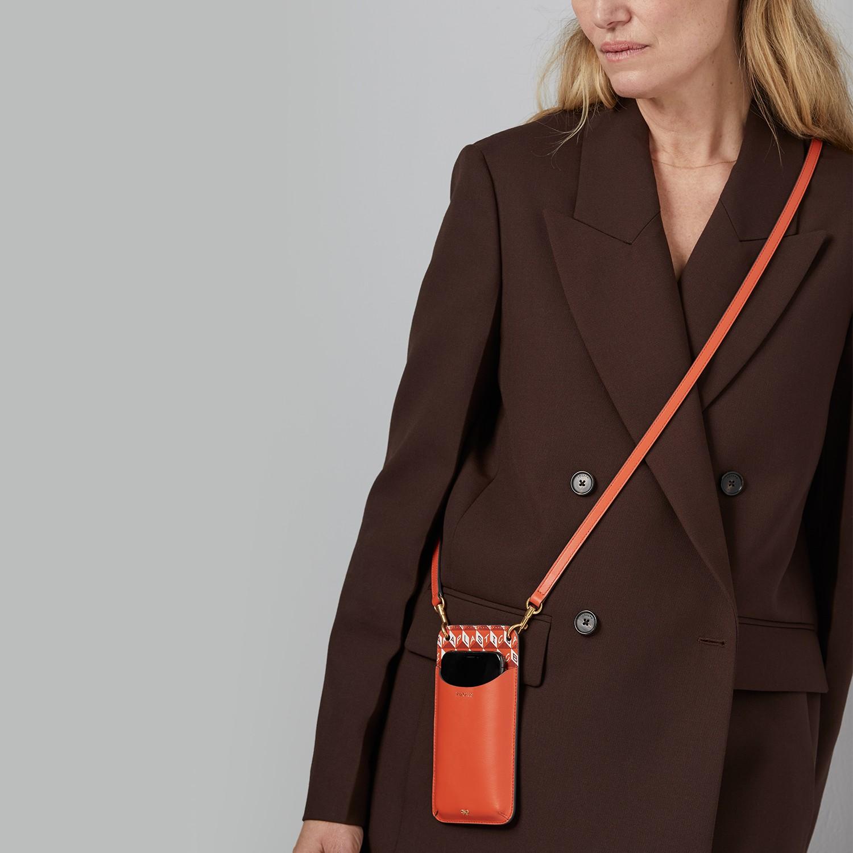 Anya Hindmarch 'I Am A Plastic Bag' Collection   LES FAÇONS