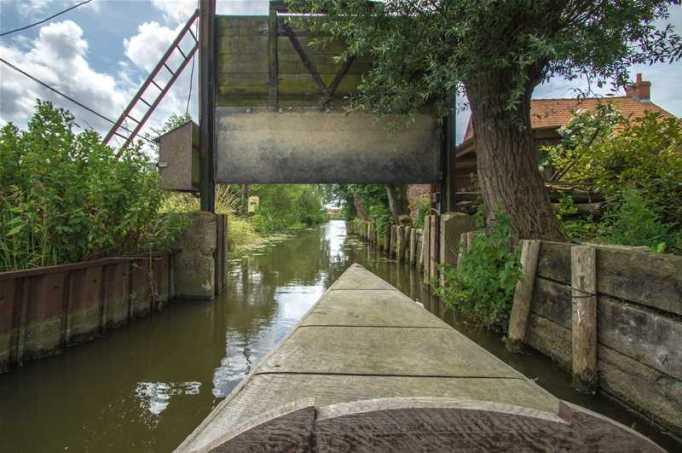 La porte d'eau, irriguant un casier du polder