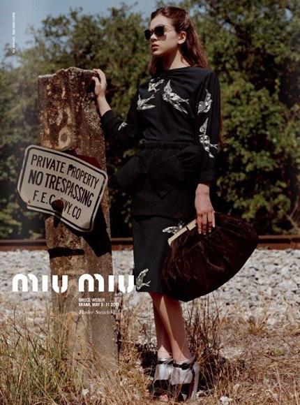 Haillee Steinfeld: campagne MIU MIU