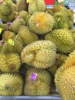 Le Durian ( fruit qui sent fort ...)