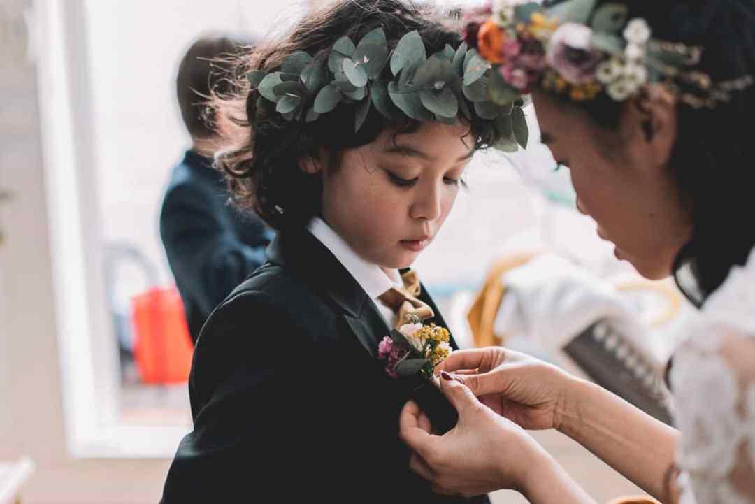 demoiselle-honneur-enfant-couronne-mariage