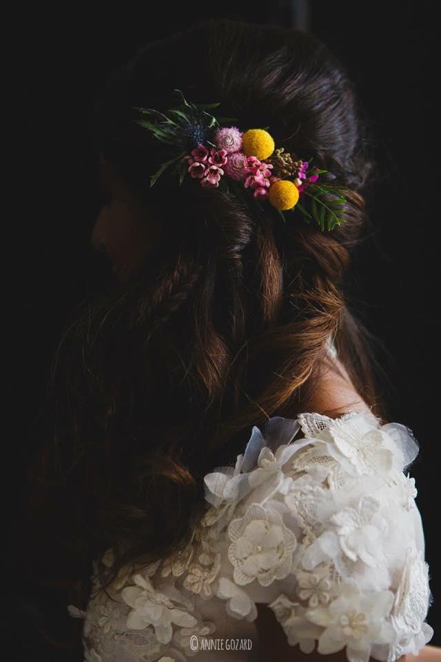 Peigne-fleurs-colore-mariage