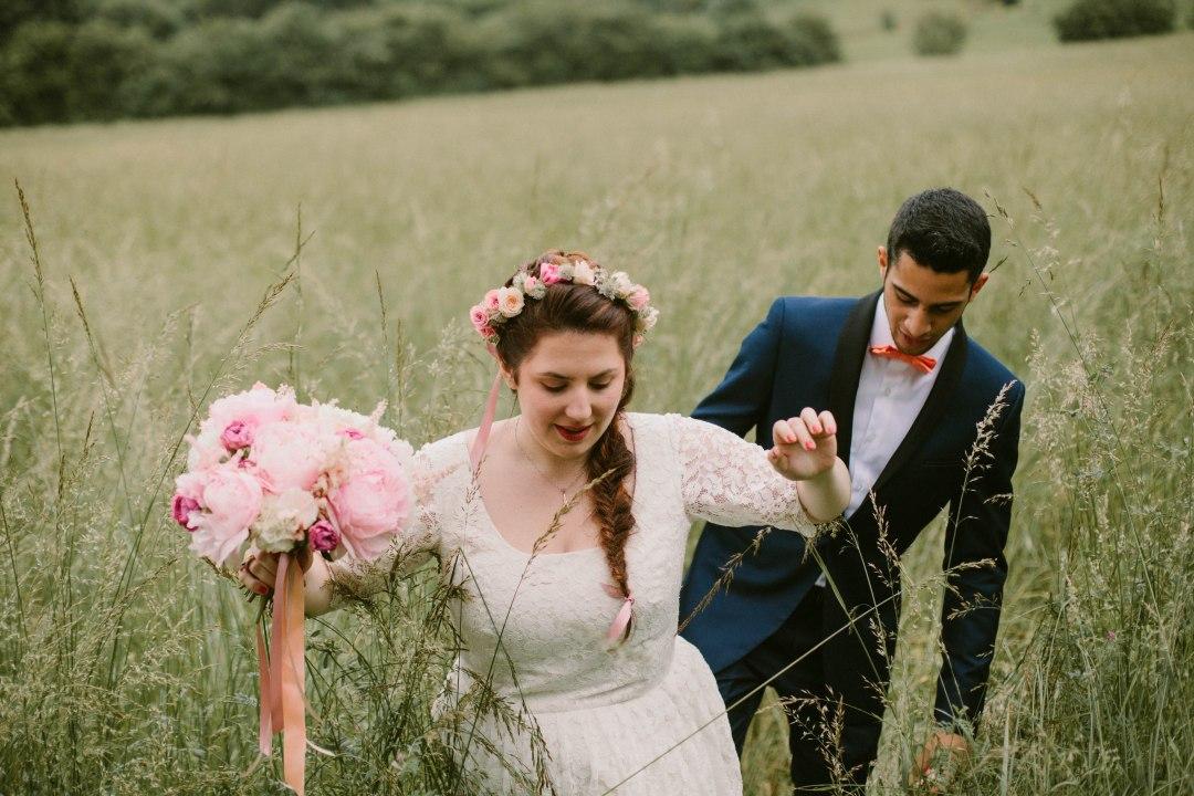 bouquet-couronne-fleurs-champetre-mariage