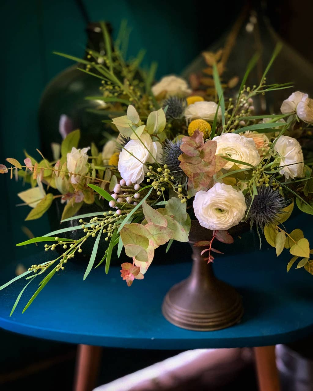 lieu-reception-hiver-paris-chic-coupe-fleurie-mariage