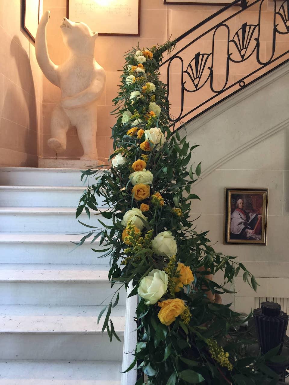 lieu-reception-rembarde-decoration-guirlande-feuillage-mariage