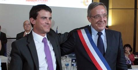 Valls cale à Barcelone, son dauphin facilement élu à Evry