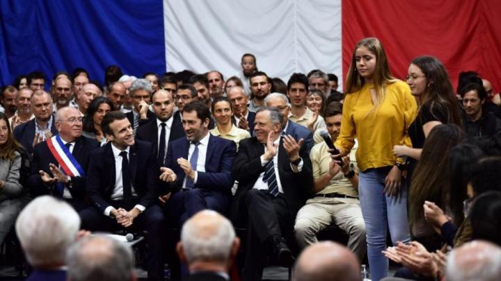 Grand débat, petit débat, sortir du franco-français