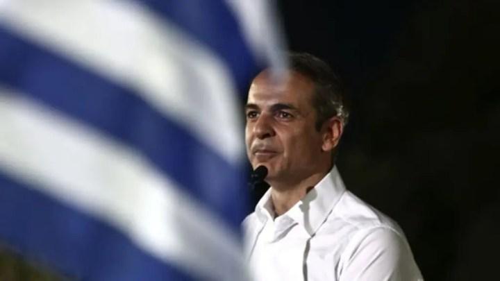"""La Grèce, """"retour à la normale"""" après les élections du 7 juillet"""