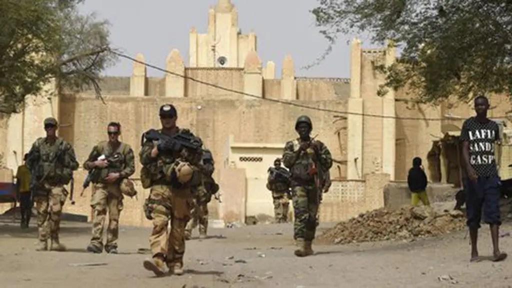Opérations extérieures : soldats et marins comme ambassadeurs.