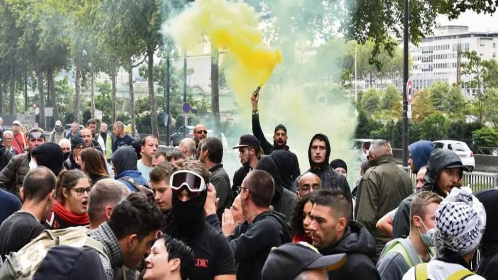 """""""Gilets jaunes"""" : des milliers de manifestants pour la rentrée – Le tour des manifestations"""