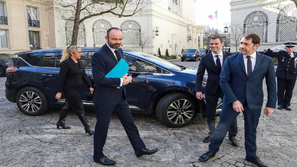 France : traitement en 25 ordonnances !