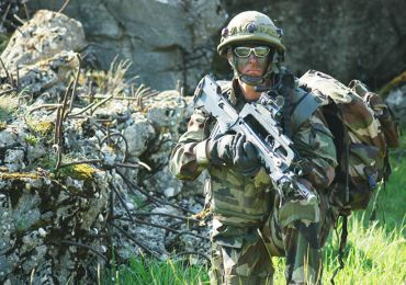 Défense : France et Allemagne deux piliers encore fragiles.