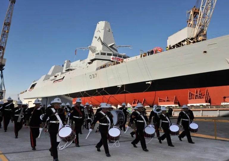 La Royal Navy veut redevenir la première marine d'Europe