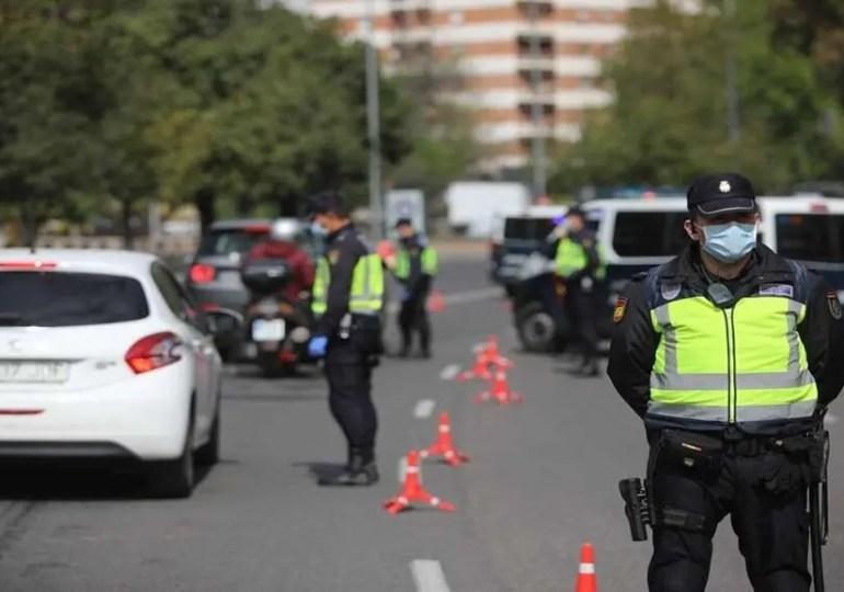 Les restrictions de voyage et les couvre-feux ont eu un « effet tsunami » en Espagne