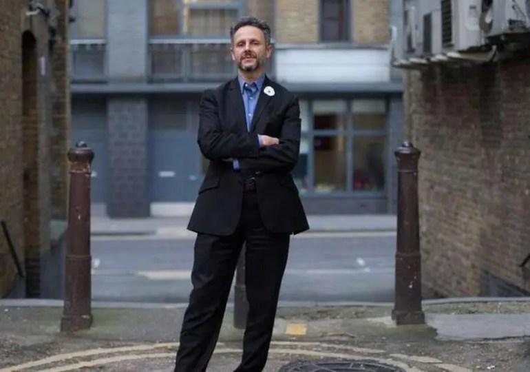Nicolas Hatton, un élu consulaire sur le front du Brexit