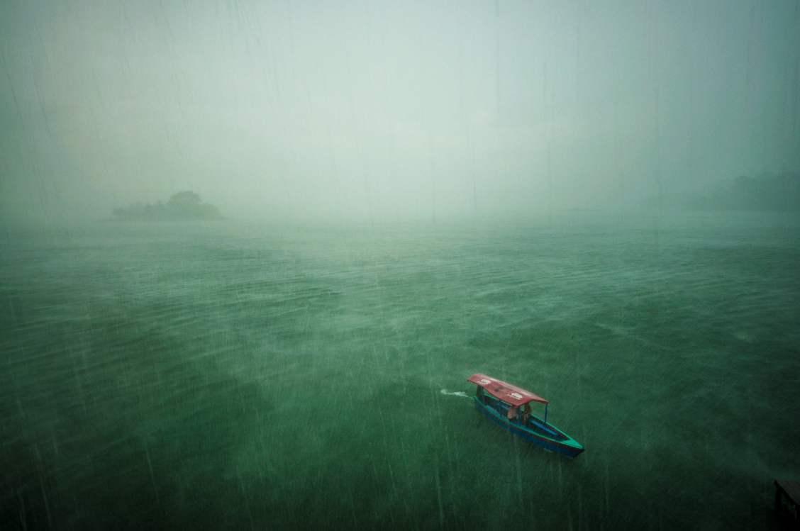 Lac Peten Itza Guatemala orage