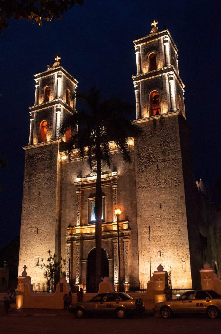 Église de Valladolid la nuit