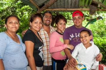 famille nicaragua réserve miraflor