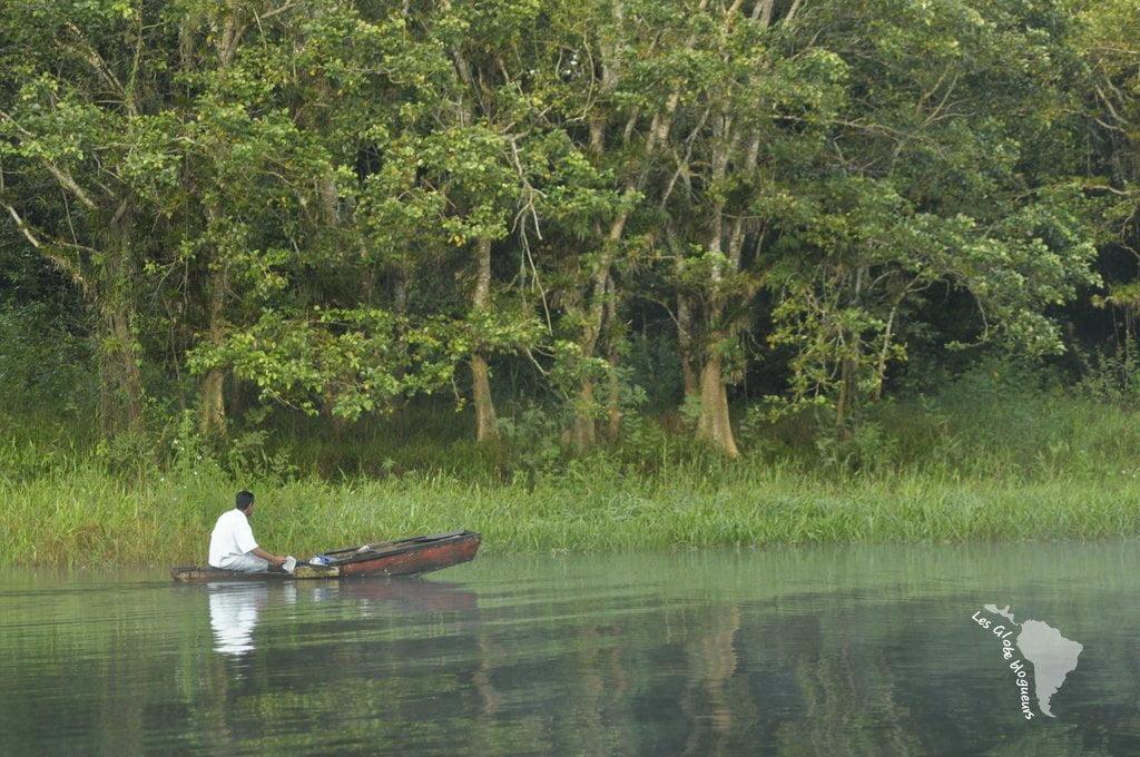 pêcheur lac yojoa honduras