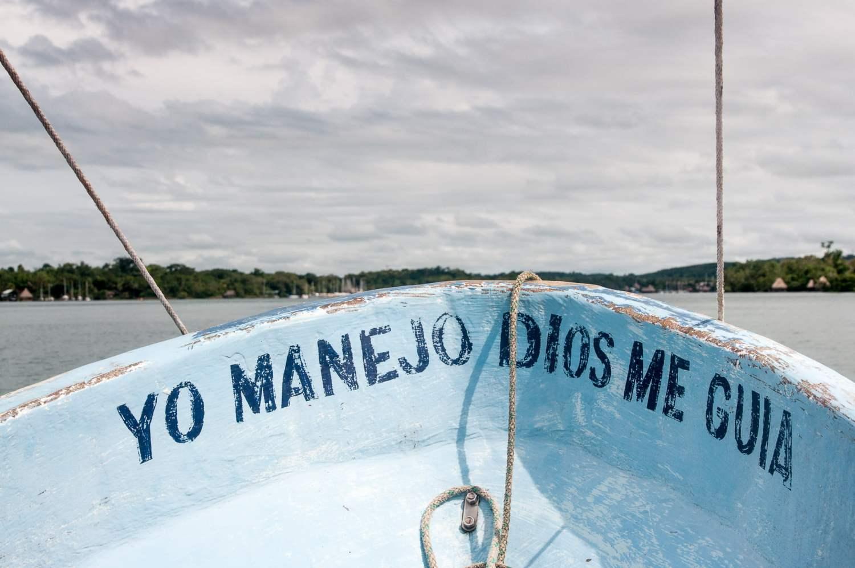 Bateau rio dulce rivière Guatemala