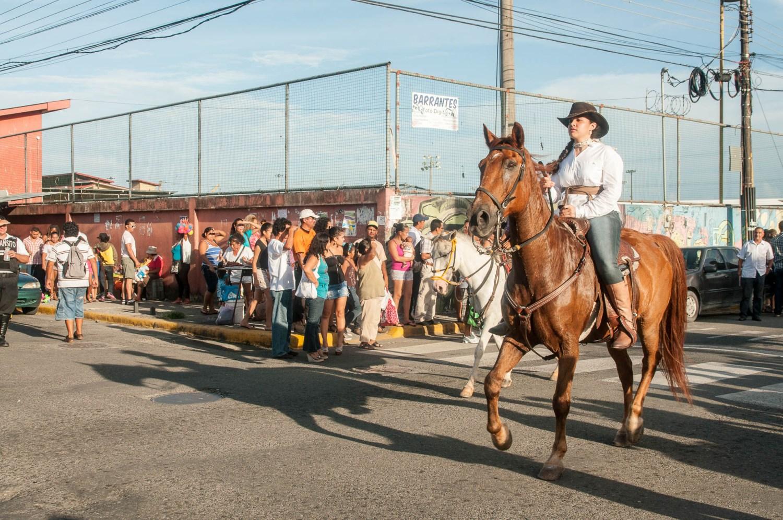 cavalière cheval carnaval