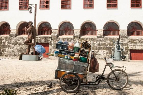 kiosque de vente de glace pillée aromatisée à Carthagènes des Indes en Colombie