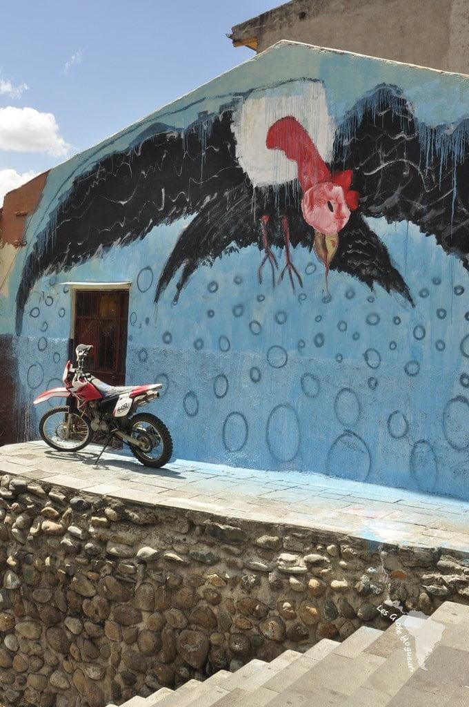Mais aussi Cuenca la moderne, le street art, les déco de Noël revisitées et l'arrivée du métro