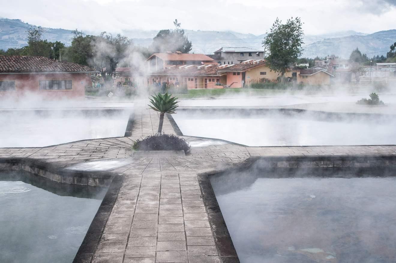 bassin eaux chaudes cajamarca