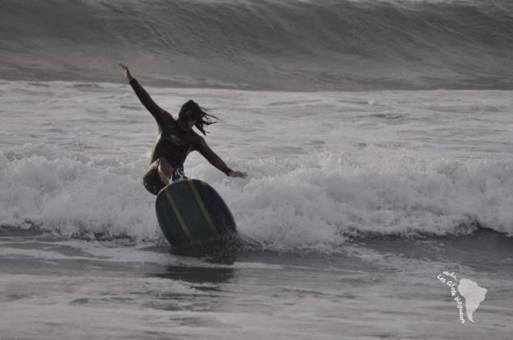 J'ai l'air de surfer comme une pro ? Non je suis en train de me casser la gueule