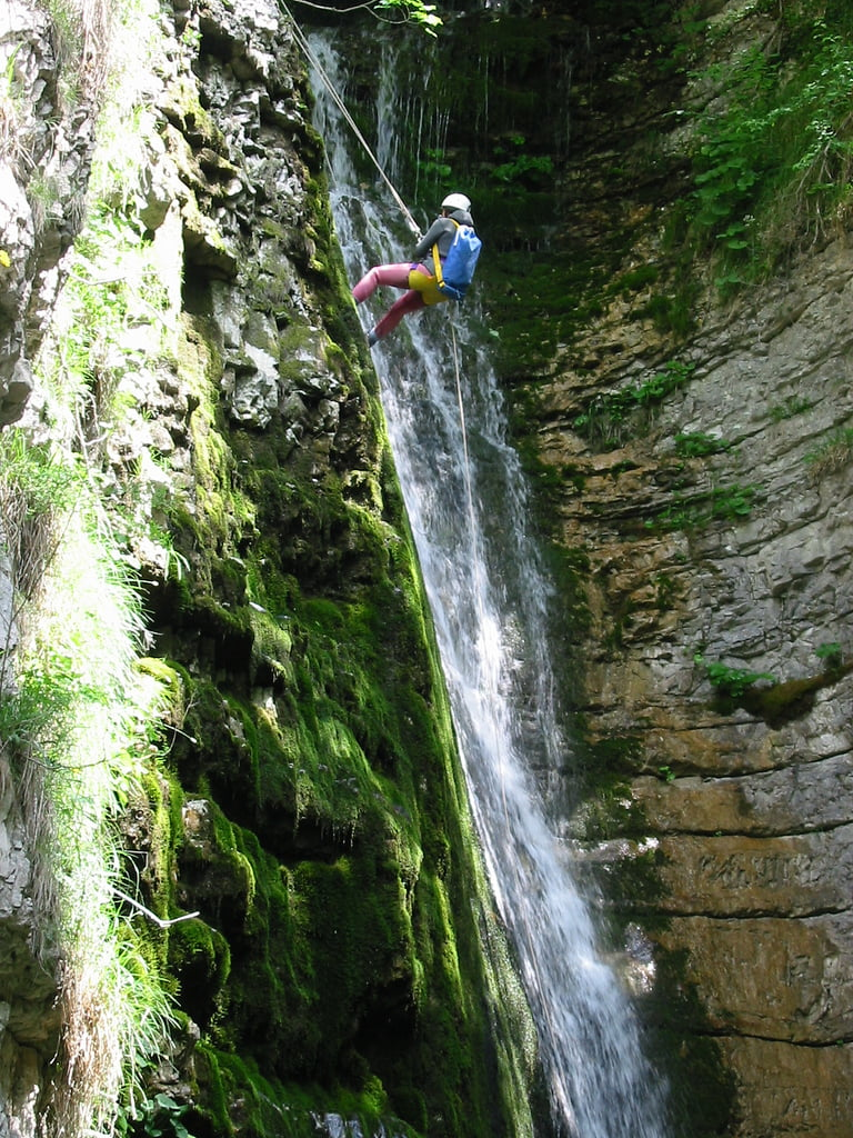 torrentismo descente rappel cascade colombie