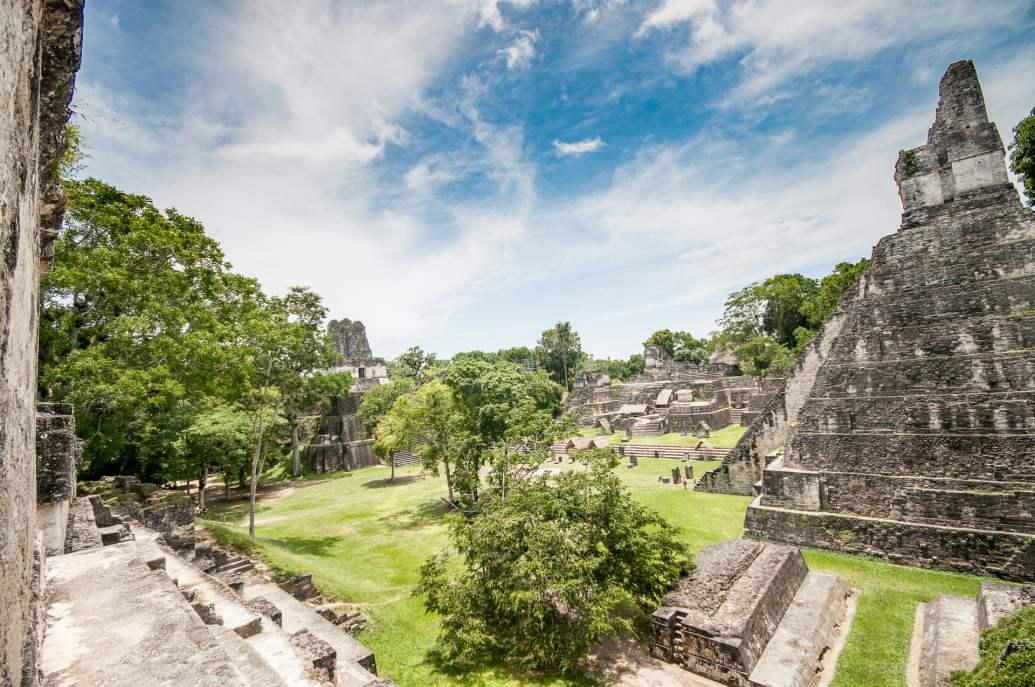 Tikal ruine guatemala maya