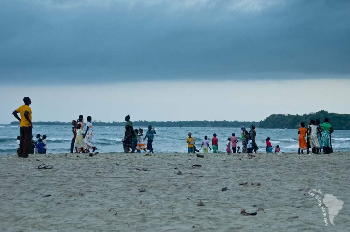 famille plage pangani