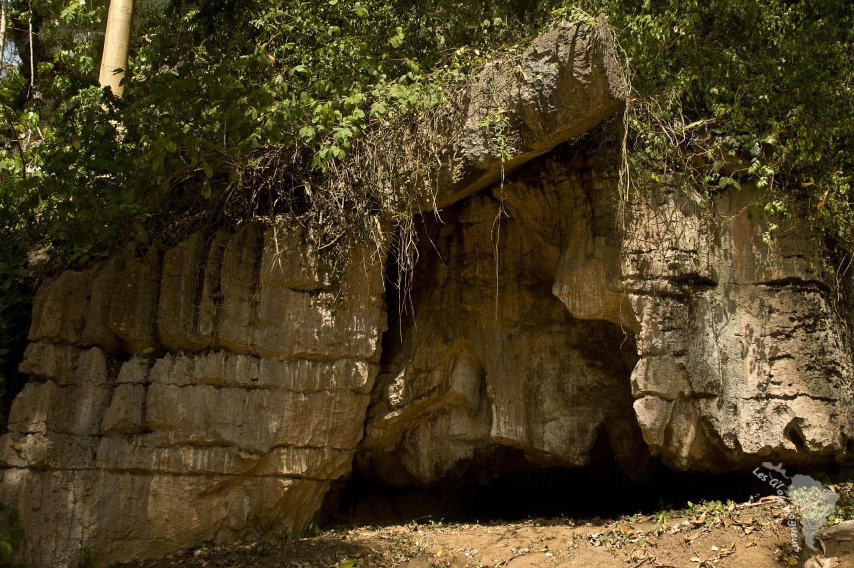 Mur grotte Amboni