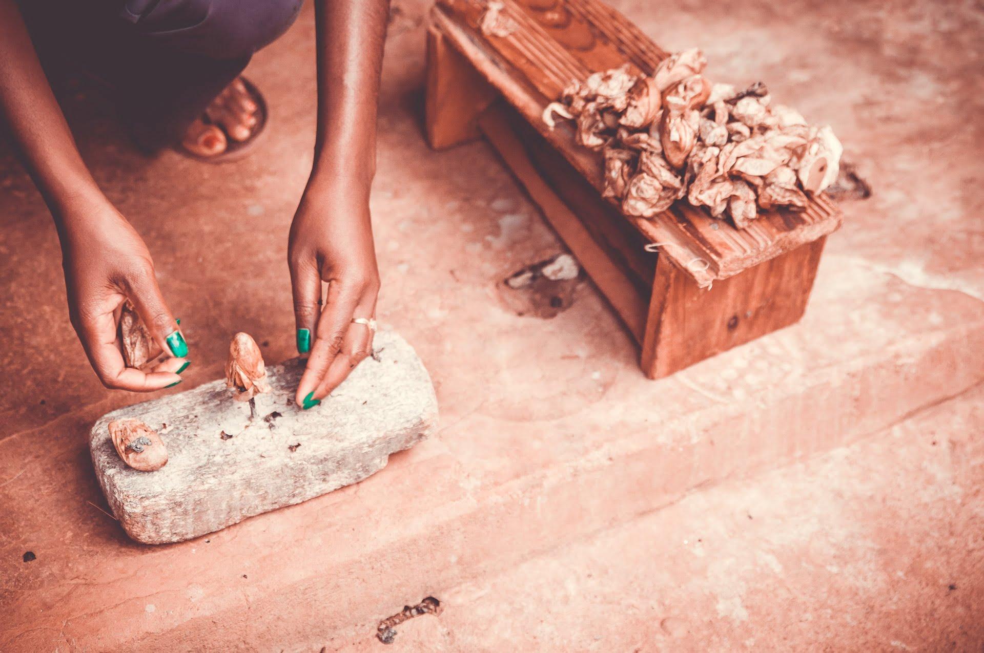 60214a45c051 L artisanat de Madagascar   se reconcilier avec les souvenirs de voyage