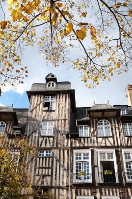 maison-colombage-automne