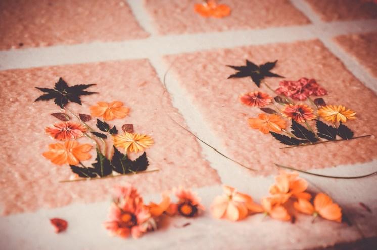feuilles décorées
