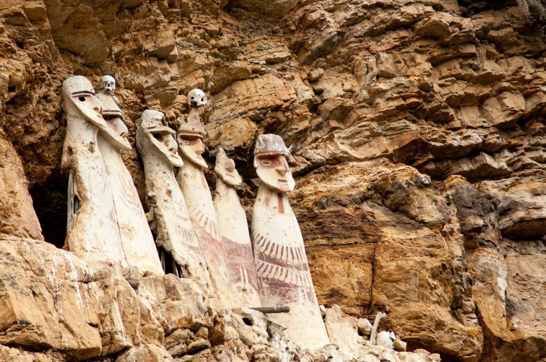 Les sarcophages de la Karijia