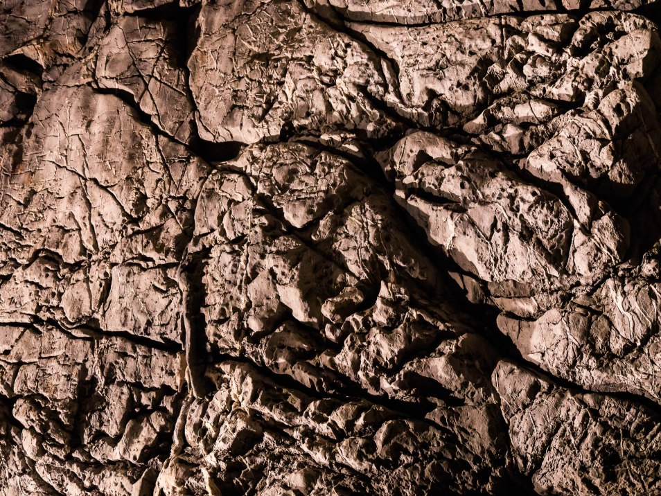 detail grotte rochefort saulges