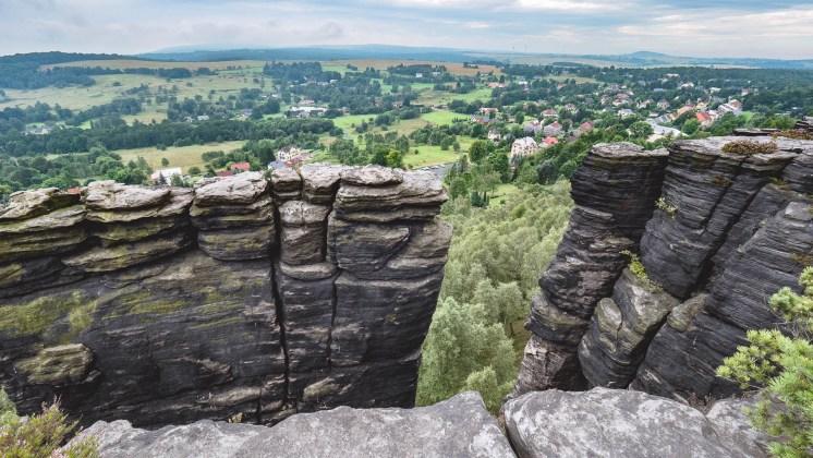 rochers de la réserve naturelle de tiske steny - république tchèque