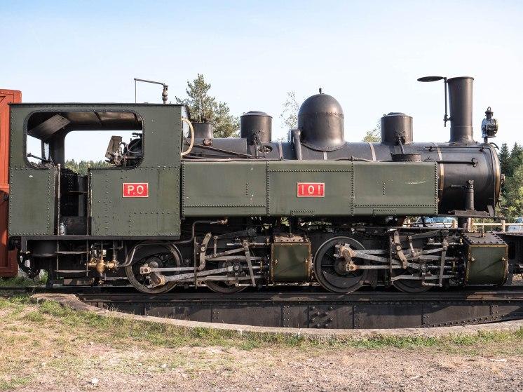 Gare de raucoule en HAute loire et ses vieux trains