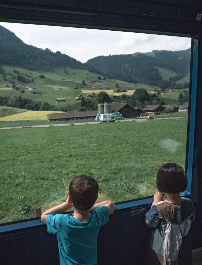 Mob panoramic vue vitres enfants
