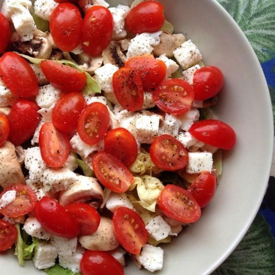 Salade fraicheur #1 Laitue, Tomates-Cerises, Champignon et Mozzarella