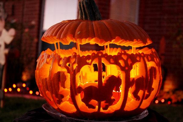 citrouille-halloween-sculptee-01