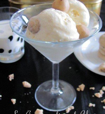 Glace vanille, chocolat blanc et ses pépites de pâte de cookies aux deux chocolats LGY