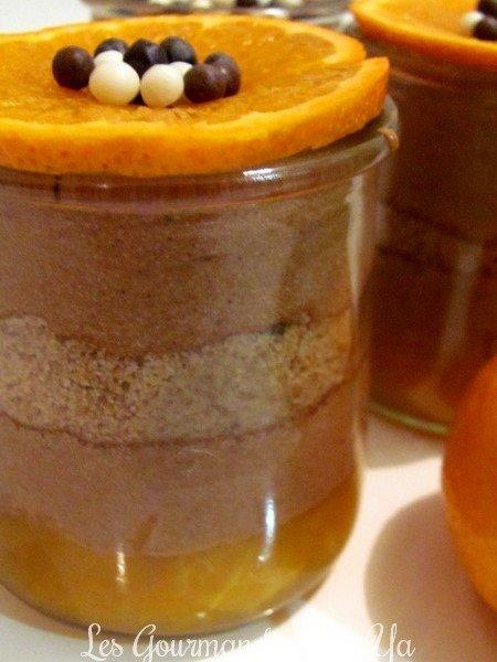 Verrines de mousse au chocolat au lait, cookies et clémentines LGY
